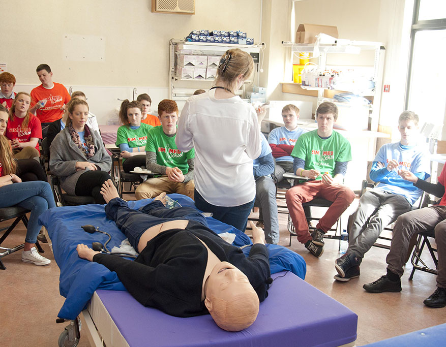Sim Med School Students at Simulation Masters
